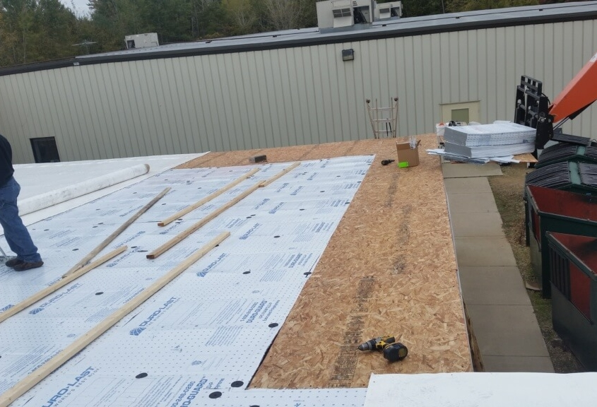 Shawano Retail Building Flat Roof in Progress